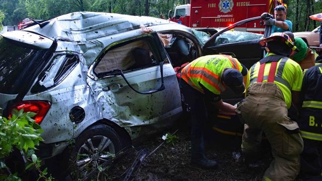 NC teen dead, 5 injured after I-95 wreck during storm in South