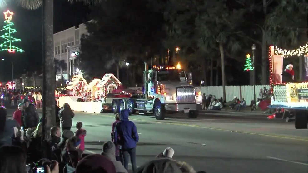 Summerville Christmas Parade 2020 Mount Pleasant, Summerville taking extra precautions for upcoming