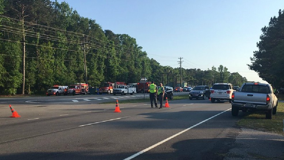 Two men dead, two others injured in Highway 17 crash | WCIV
