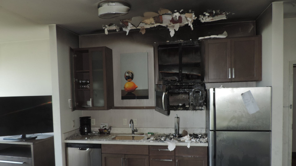 Fire sprinkler stops spread of hotel fire before firefighters extinguish blaze (image)