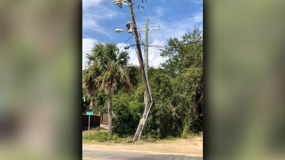 2,500 lose power on Isle of Palms after truck hits power