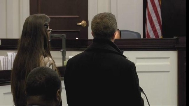 Judge sets bond at $100K for couple accused in Heather Elvis