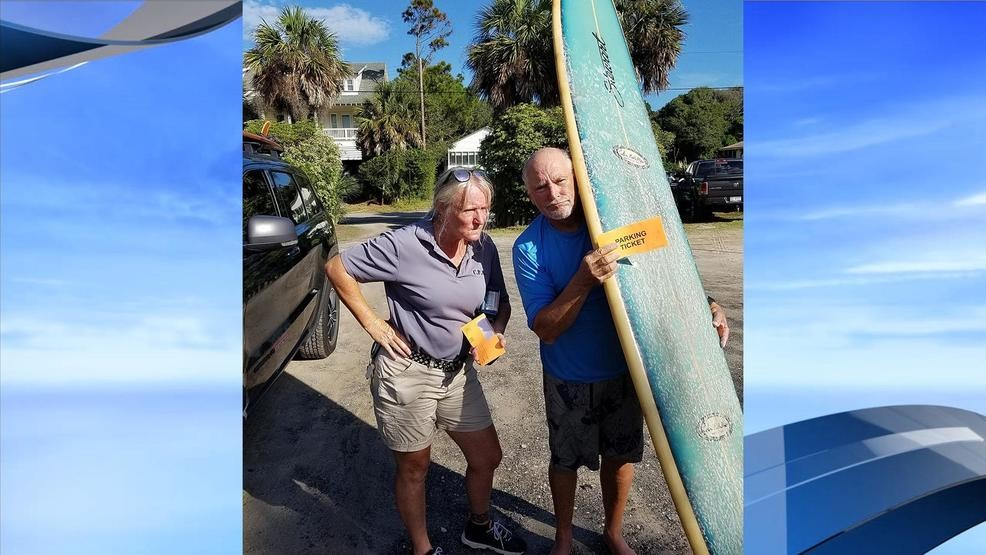 Surfing in a Hurricane': Jimmy Buffett surfs in SC ahead of